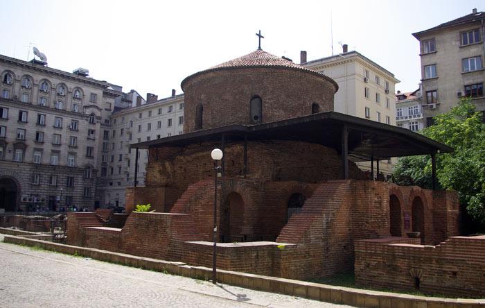 ▲ 소피아에서 가장 오래된 건축물 중 하나인 `성 게오르기 교회`.