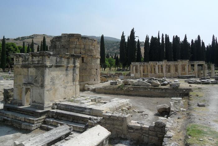 ▲ 터키 곳곳에 산재한 고대의 유적들.
