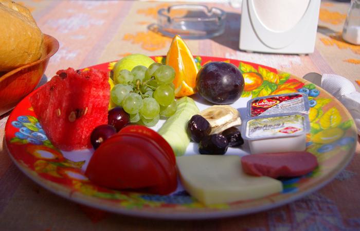 ▲ 색깔이 선명하고 당도가 높은 터키의 과일들.