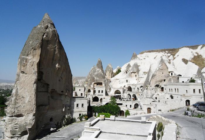 ▲ 기암괴석이 아름다운 풍광을 만들어내는 터키 중부지역.