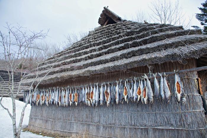 ▲ 홋카이도에도 노점이 적지 않다. 한국처럼 고구마, 옥수수, 오징어 등을 구워 판다.