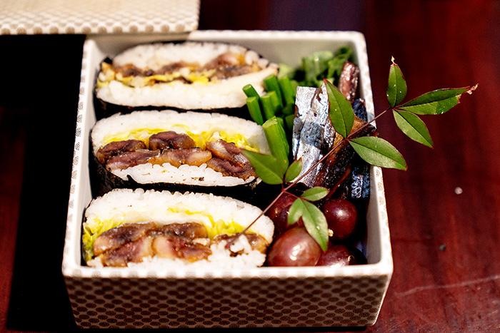 ▲ 깔끔하고 간편하게 즐길 수 있는 과메기 주먹밥 도시락을 비롯한 다양한 과메기 요리.